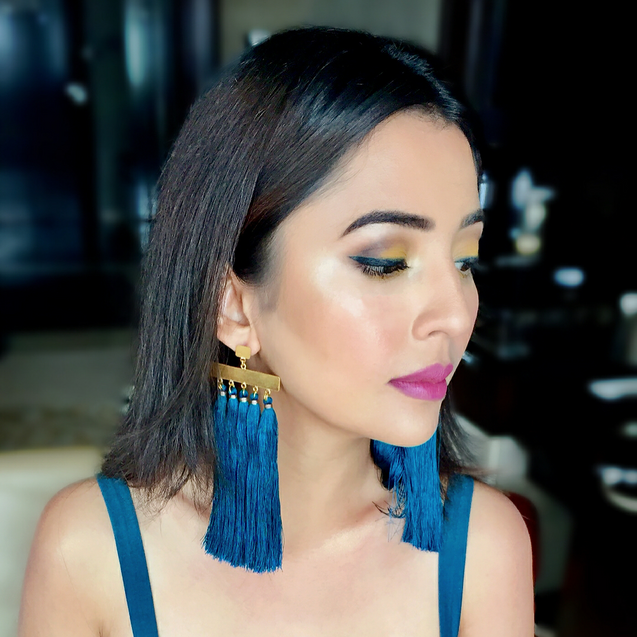 The gorgeous BARKHA SINGH in our blue dangle earrings