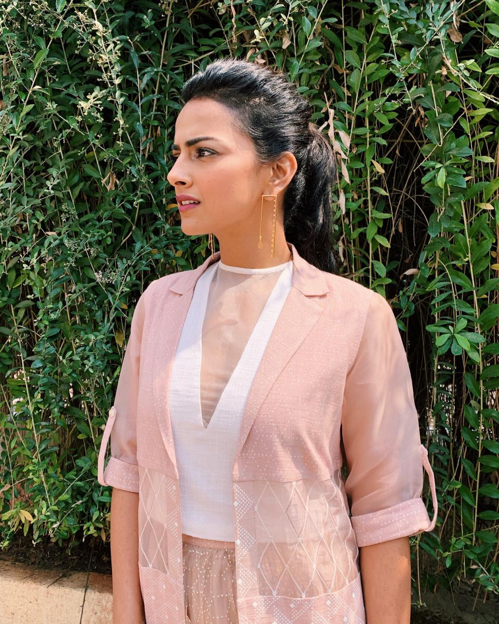 """Shraddha Srinath in 1011 for the trailer launch of her bollywood debut movie """"Milan Talkies"""""""