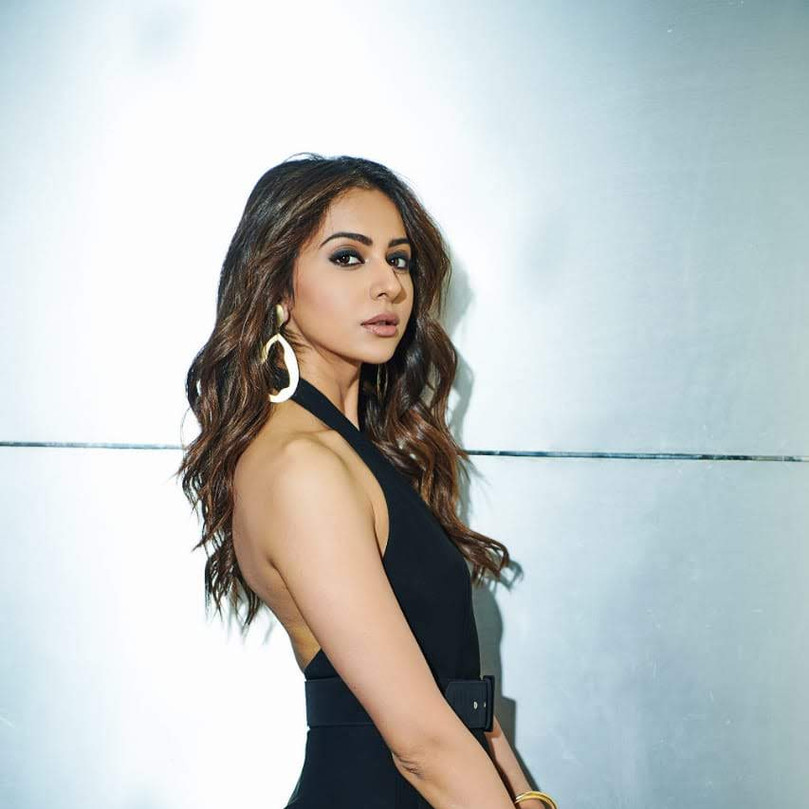 Rakul Preet in One Nought One One for De De Pyaar De promotions at the Voice India
