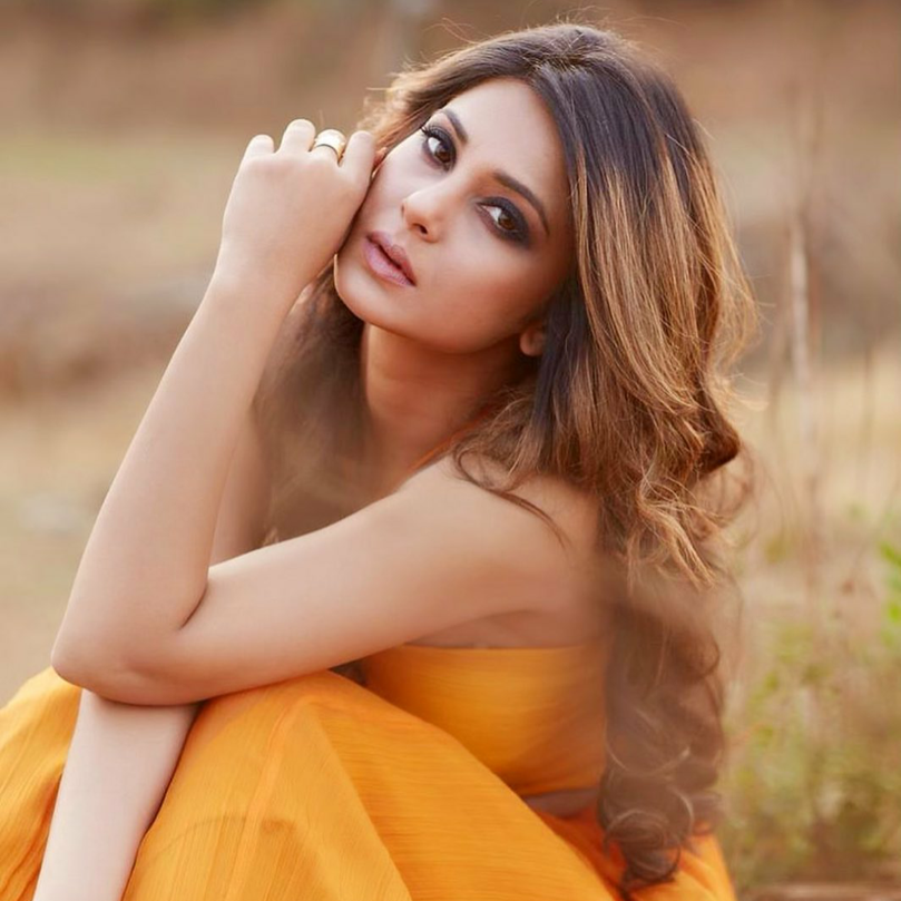 Jennifer Winget1 in One Nought One 0ne rings for a shoot styled by kareen parwani
