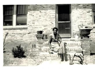 Grandma Otis Edna Tucker Vance's Business is in the Green Book