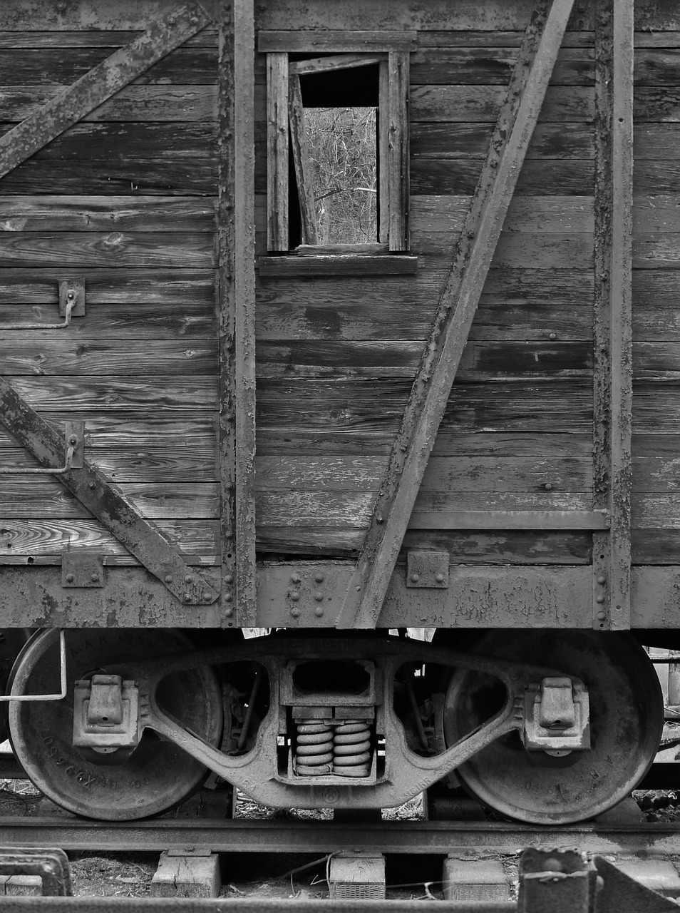 railroad-314768_1280.jpg