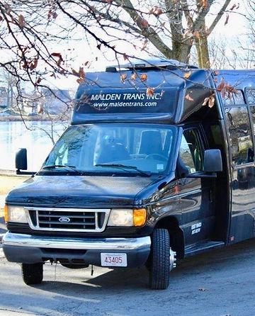 24 Bus RIGHT ANGLE 4.jpg