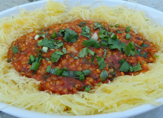Roasted Tomato and Red Pepper Curry Lentils over Spaghetti Squash