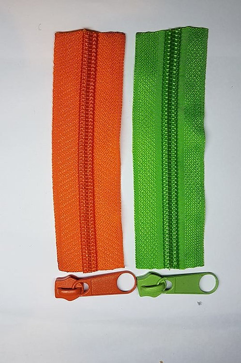 1m of #7 Zipper + 4 pulls