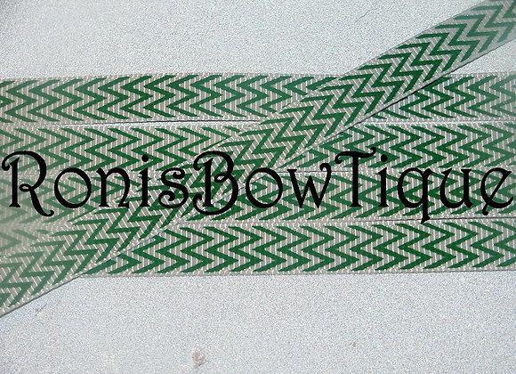 """3/8"""" GREEN WHITE CHEVRON ZIG ZAG PRINT RIBBON"""