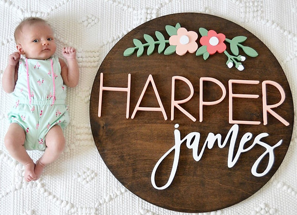 CUSTOM WOODEN ROUND NAME SIGN