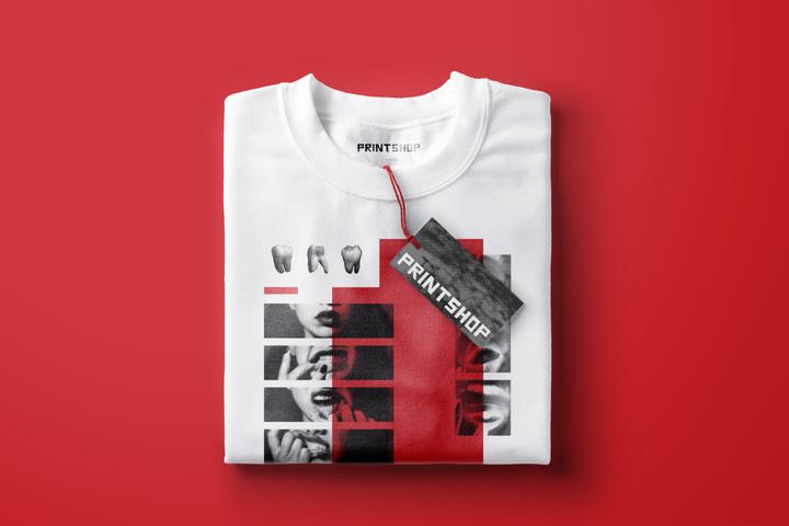 Sweatshirt with Tag