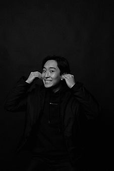suhyeon-choi--OOiHUFNry8-unsplash_edited