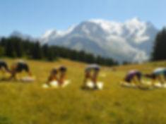 Chamonix yoga hiking groupe de randonnée aventure