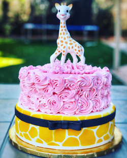 SOPHIE THE GIRAFFE CAKE