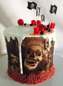 PIRATE GHOSTS HALLOWEEN DRIP CAKE