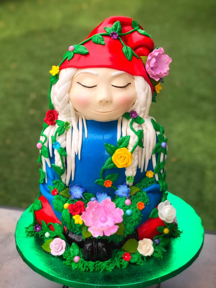 GNOME-A-STAY CAKE