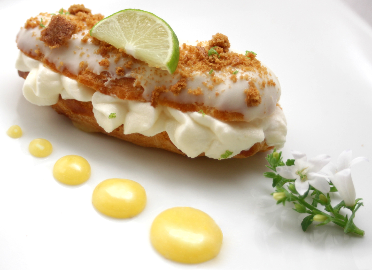 KEY LIME PIE ECLAIRS