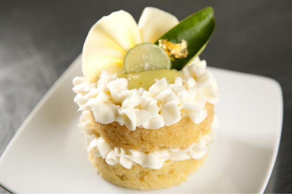 KEY LIME MINI CAKE