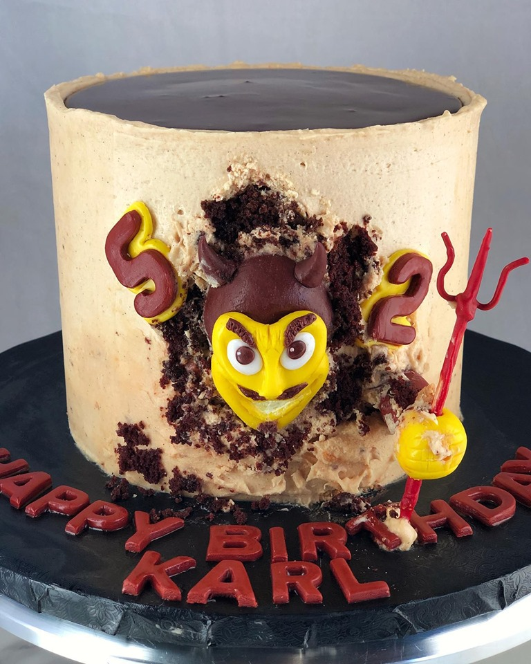 SPARKY BIRTHDAY CAKE