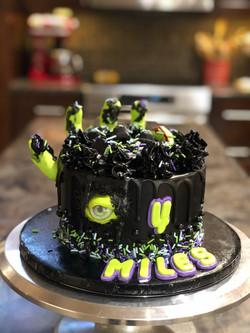 ZOMBIE HAND CAKE