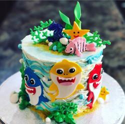 BABY SHARK BIRTHDAY CAKE