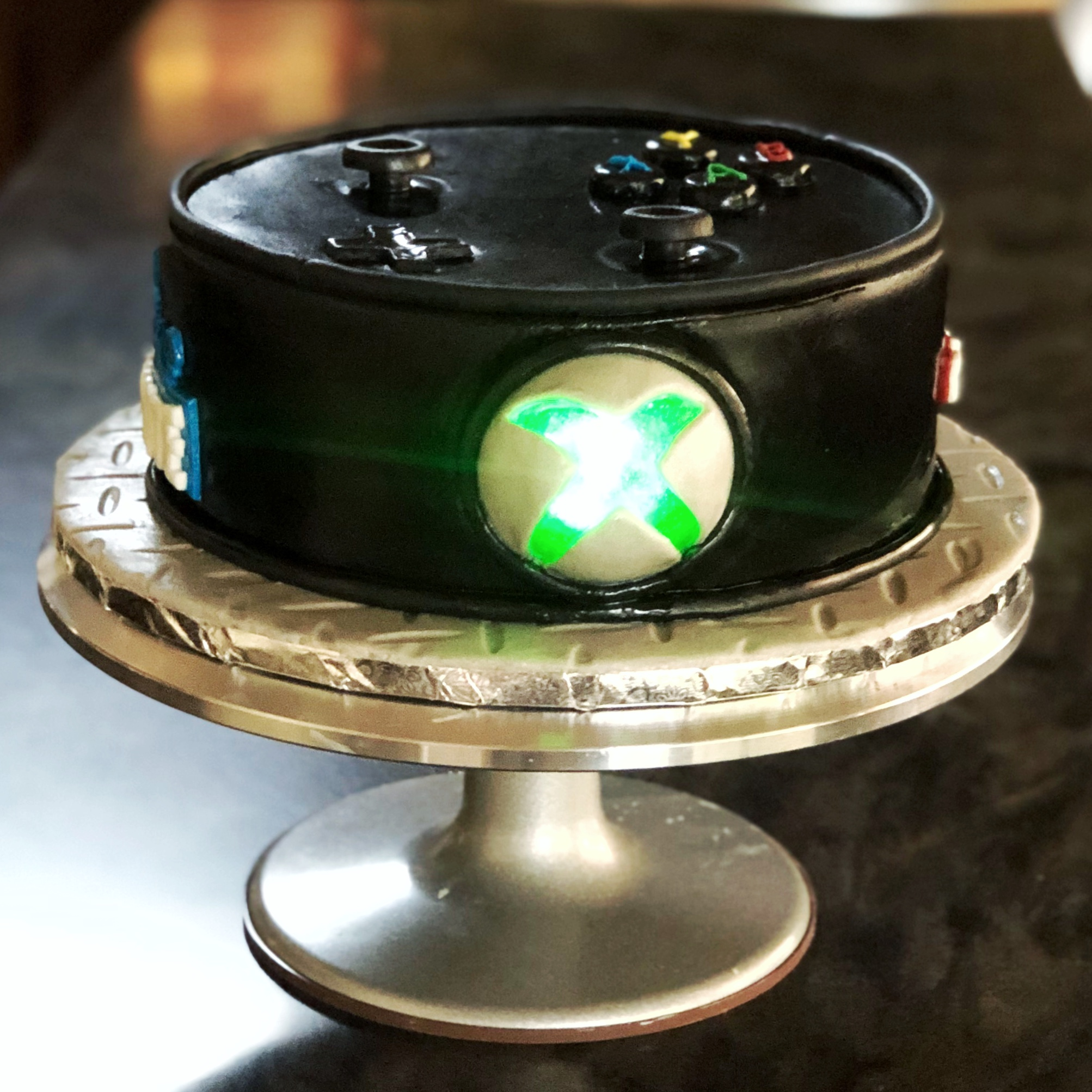 X BOX CONTROLLER THEME CAKE WITH LED LIGHT