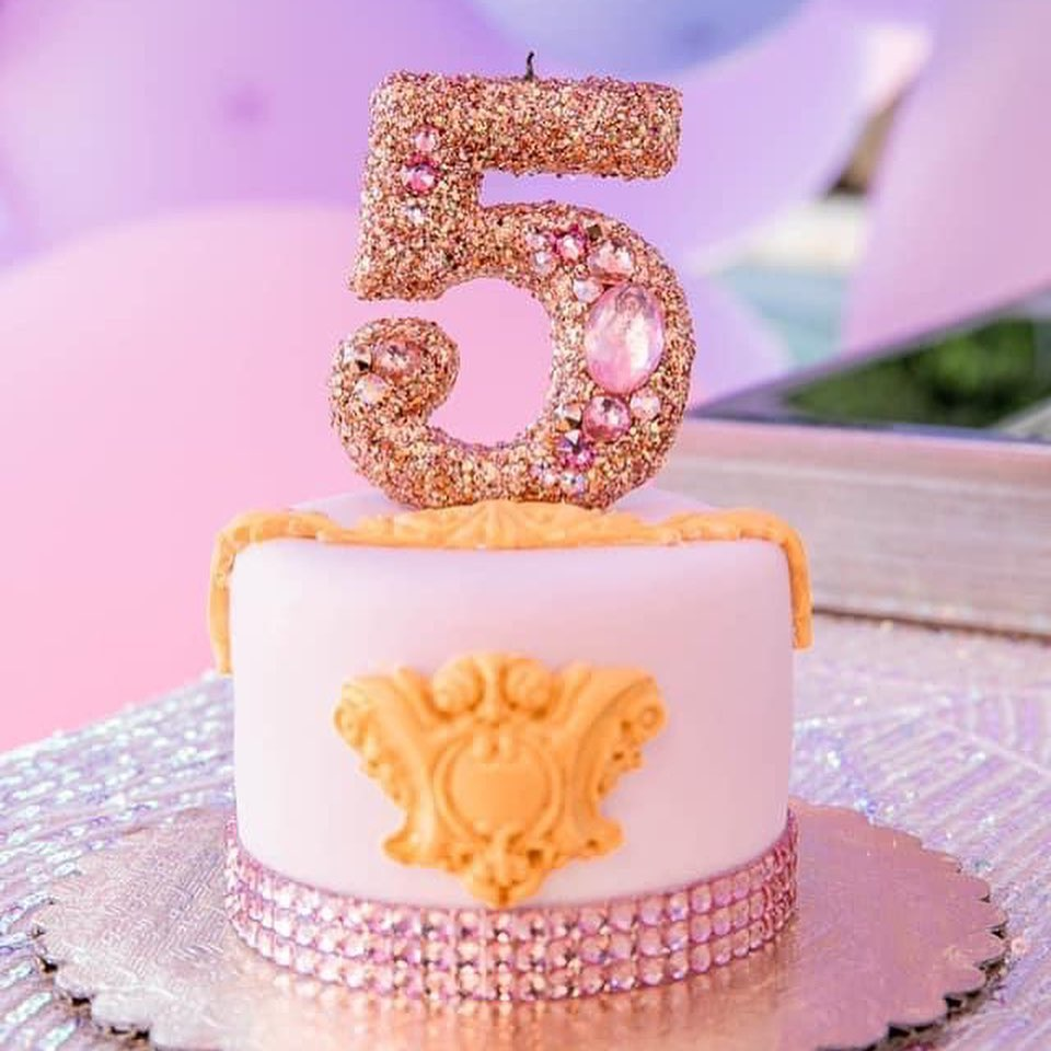 FANCY PRINCESS MINI CAKE