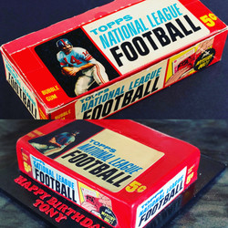 TOPPS FOOTBALL CARD WAX BOX REPLICA CAKE