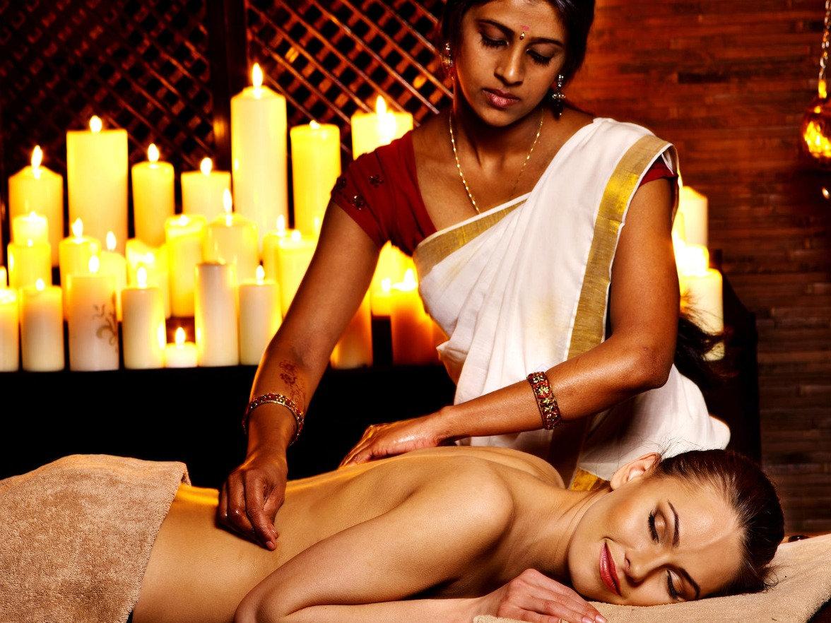 Abhyanga Therapy  50 mins