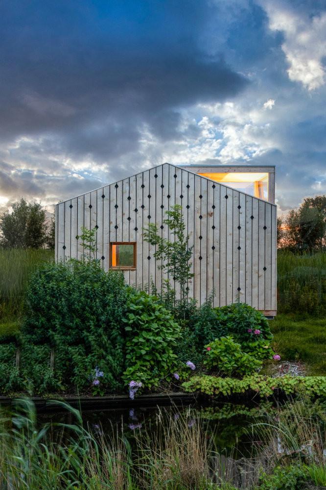 12 Lisdodde Cabin _ design by Woonpionie