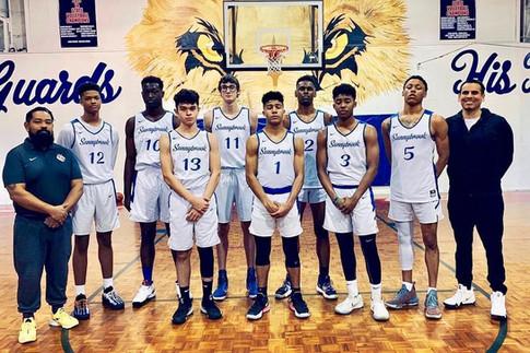 18'19' Boys Varsity Basketball.jpeg