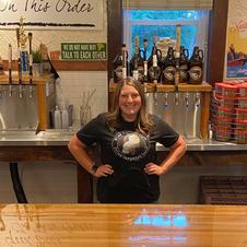 Jess (Beertender)