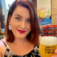 Megan (Beertender)