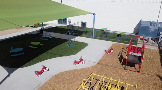 playground_set_at_the_village_las_cruces.png