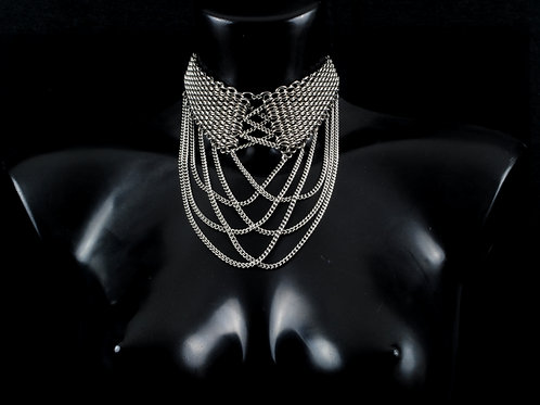 Dragonscale Lace up Chain Choker