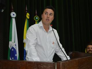 """Câmara municipal de Jaguariaíva presta homenagem ao Projeto """"Aves de Jaguariaíva"""""""