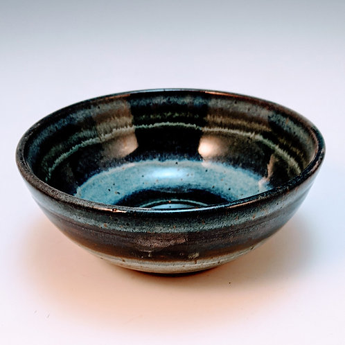 Concentric blue bandCereal bowl