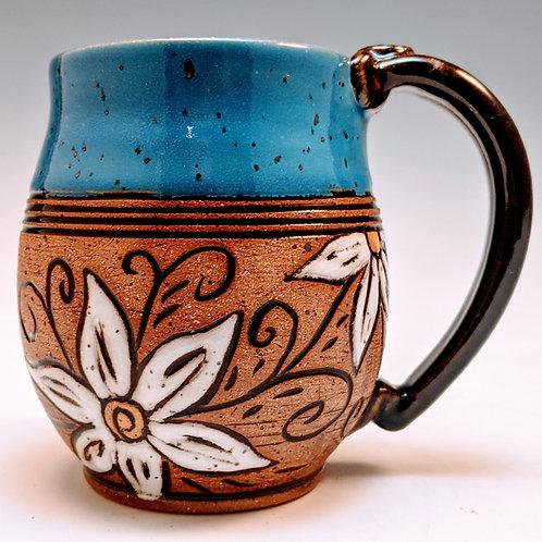 White daisy floral mug