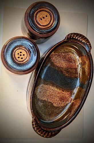 Ocean sands jasper salt and pepper Set
