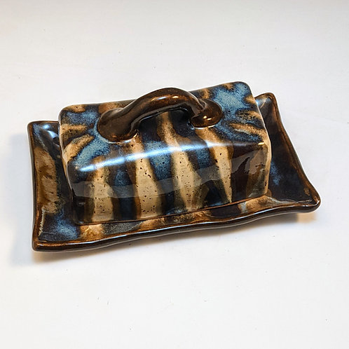 Lizzy mojo butter dish