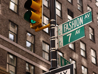 How to find the right retail location for your fashion business?