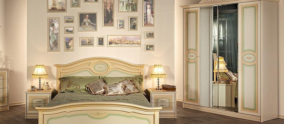 Спальня из массива: без чего не обойтись?
