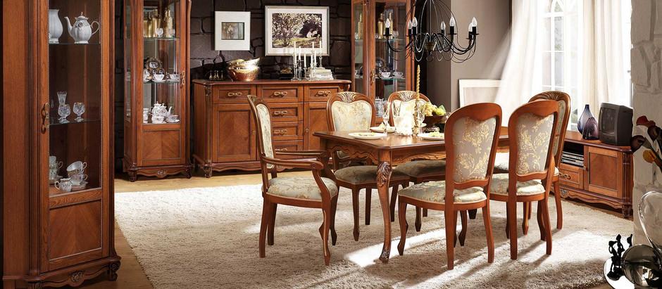 Расстановка мебели из массива в гостиной