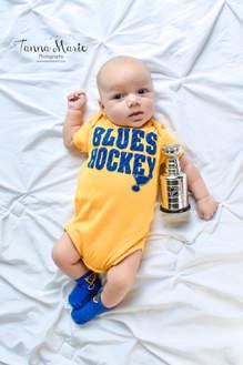 stanley cup newborn.jpg