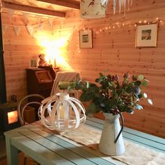 dining cabin 2.jpg