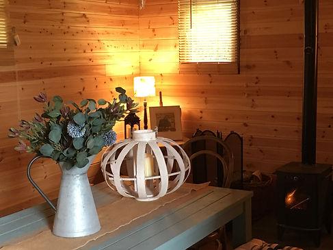 Dining cabin 3.JPG