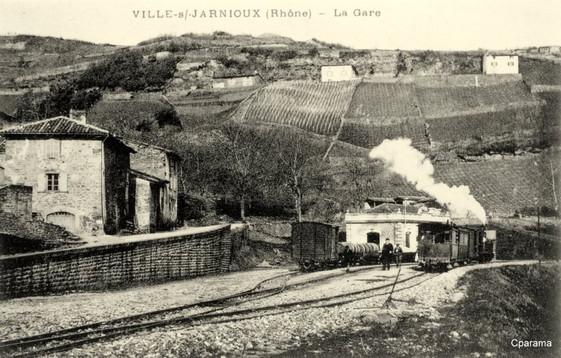 ville sur jarnioux gare.jpg
