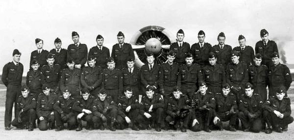 61 a eleve pilote henri lauze.jpg