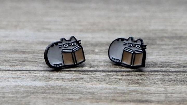 Book Nerd | Pusheen Earrings