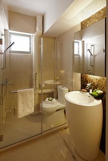 shower screen Singapore in HDB flat - tempered glass swing shower screen