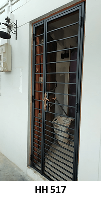 Mild steel gate closed up for pet HH 517