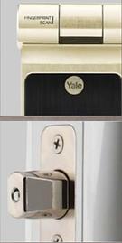 Yale 424 digital lock has a fingerprint acces d Yale 424 has a deadbolt lock
