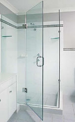 Showerscreen Singapore - 10 mm tempered glass, 1 fix, 1 swing glass showerscreen